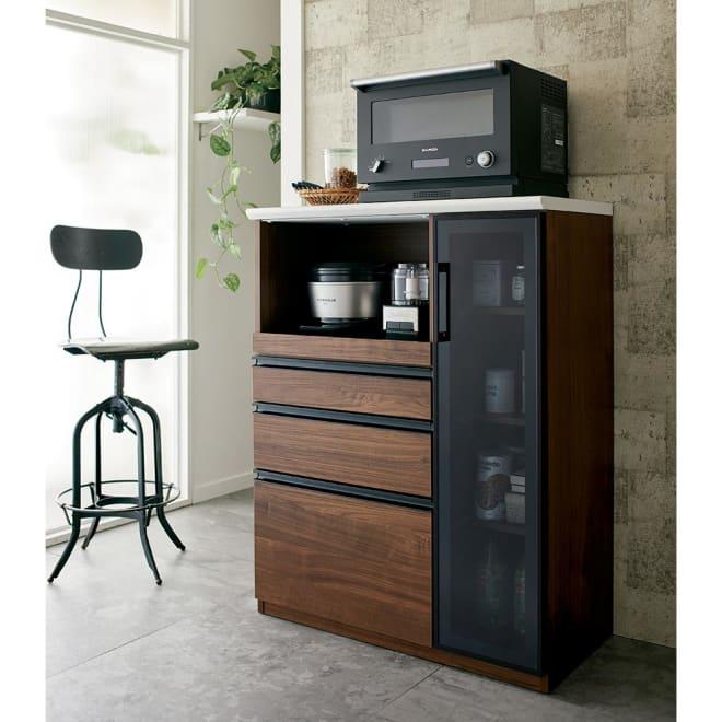 Torerant/トレラント コンパクトレンジカウンター 幅89.5cm・家電収納1段(高さ115cm) 食器やストック食品からキッチン家電まで効率よくひとまとめにして収納できます。