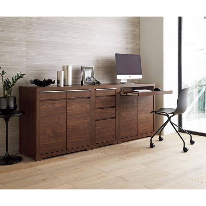 Antisala/アンティサラ パソコンデスク チェスト 幅45 天板から前面、側面まで、なめらかで美しい木肌と、深い色が魅力のウォールナット材を贅沢に使用。