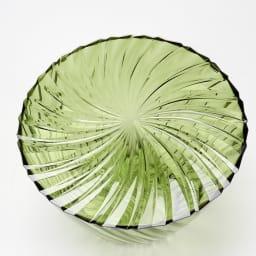 Sparkle/スパークル サイドテーブル [Kartell/カルテル デザイン:吉岡徳仁] 曲線のプリーツが色々な方向に光を反射します。