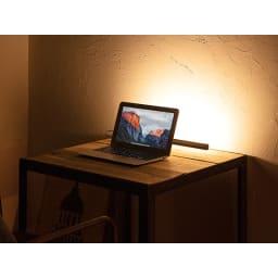 インテリアやPCのライティングに! ショートマンクス LEDバーライト PCモニターのライトアップで、ミニシアター気分も楽しめます。