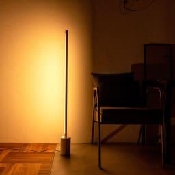 ネオマンクス バーライト用 大理石スタンド (スタンドライト用ベースのみ) 使用イメージ ブラック ※ライトは別売りです