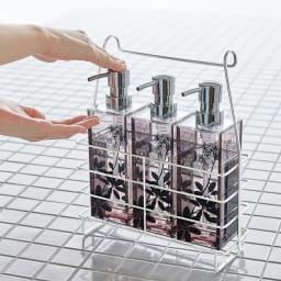 ステンレス製 シャンプーバスケット 単品 自立式なので洗い場の近くに運んで使えます。