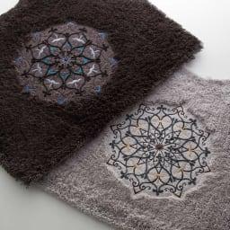 ミーナ トイレタリー トイレマット 耳長判 華やかな刺繍でトイレをモダンでエレガントな空間に