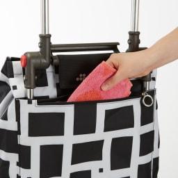 ROLSER/ロルサー ショッピングカート 4輪カート+保冷・保温付きバッグ ファスナー付きのポケットがついています。