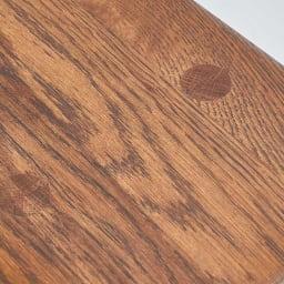 天然木スツール 天然の木目の美しさが魅力のオーク材を使用しました。