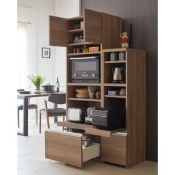 Ihana/イハナ サイズが選べる家電収納ラック 幅60cm奥行45cm高さ180cm 多数の収納機能を兼ね備えつつ、コンパクトにまとまるサイズ感がポイントです。