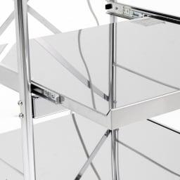 ステンレス製大型レンジ対応ラック ミドルタイプダスト ステンレス製の丈夫な棚板。