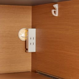 Boulder/ボルダー 石目調天板キッチンシリーズ カウンター 幅90cm 奥行45cm 右側下段のスライドテーブル家電収納部にもコンセント2口(計1500W)を付属しました。
