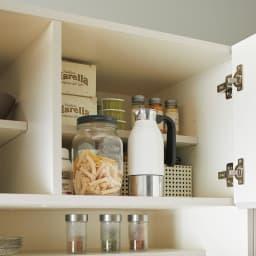 Enkel/エンケル キッチンシリーズ 幅105cm キッチンボード 上段は浅奥行棚になっているので前後で高さの違うものを効率よく収納できます。