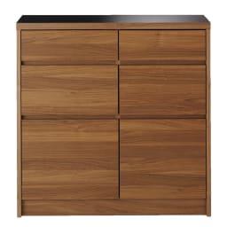 Granite/グラニト アイランド間仕切りキッチンカウンター幅90cm 引き出しタイプ 引き出したっぷりで収納力に重点を置いたキッチン収納。前板のウォルナット風の木目がモダンな大人のキッチンを演出します。