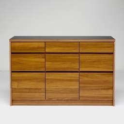 Granite/グラニト アイランド間仕切りキッチンカウンター幅140cm 引き出しタイプ 取っ手をなくし、モダンですっきりとしたデザインに仕上げています。