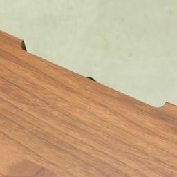 ウォルナット天然木テレビ台 幅100cm 天板後方には配線用カットがありコード類を通せます