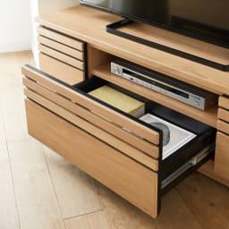 Remonte/ルモンテ 隠しキャスター付きコーナーテレビ台 幅120.5cm 上段はHDレコーダーを、下段引き出しに小物を収納。