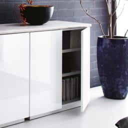 Canan/カナン 大理石調デスク 扉収納 幅78cm (ア)ホワイト(光沢) 前板の美しい光沢がデザインを際立たせます