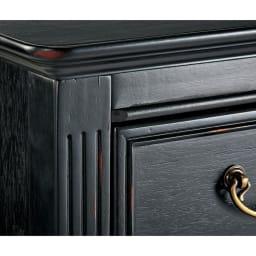 Noir/ノワール アンティークシリーズ チェスト 幅70cm 長年使い込まれたようなアンティークの風合いを塗装で再現。