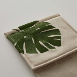 Monstera/モンステラ シリーズ トイレタリー 小物2点セット ハンドタオル・ペーパーホルダーカバー 刺繍がより一層深みを演出します。