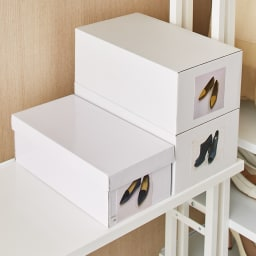 Struty(ストラティ) ラックシリーズ ラック7段・幅85cm 棚板奥行30cmとスリムなのに靴箱がちょうど収まります。