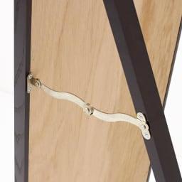 Incery(インサリー) 天然木製 スリムミラー 幅32cm ダークブラウン 金具がついており、しっかり自立します。