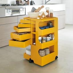 Boby Wagon/ボビーワゴン イエロー・グレータイプ[B-LINE・ビーライン/デザイン:ジョエ・コロンボ] トレイが多くより整理整頓がしやすい3段5トレイタイプ