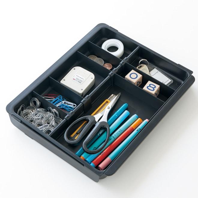 EXACOMPTA エグザコンタ オーストリア製オーガナイザー(ファイルケースに対応) 縮小時(ファイルケース使用時)伸ばして机の引き出し内等にも使用できます。