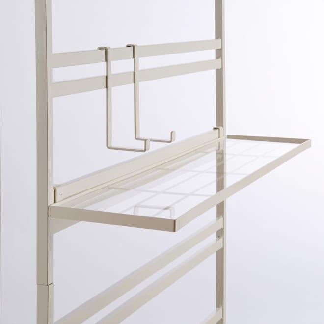 ダブルラダーパーテーション 幅55cm用 追加棚板1枚 フック2個 ホワイト 幅55cmタイプに対応します。お届けはフックと棚板のみです。