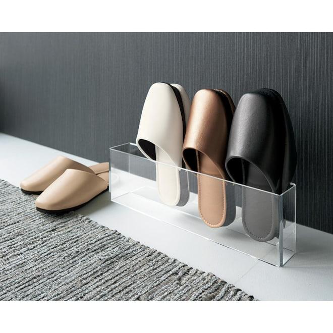 スタイリッシュゲストスリッパ 同色2足組 上品なシルエットと素材の美しさが際立つ、デザイン性の高いゲストスリッパです。 ※お届けは同色2足セットです。
