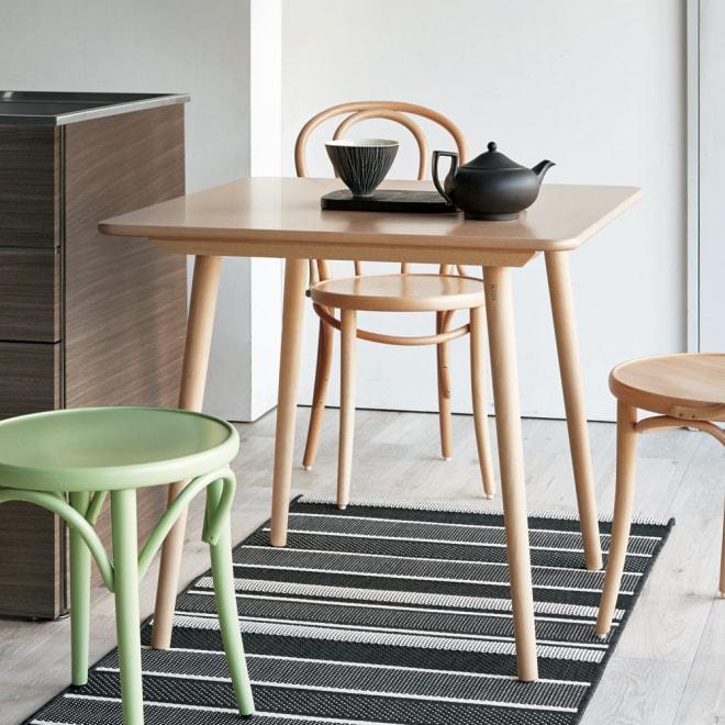 ウィンザーダイニングテーブル 正方形ダイニングテーブル幅80cm×80cm[チェコ・TON社] ナチュラル