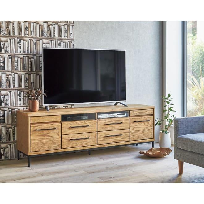 HS Brookryn/エイチエスブルックリン リビングシリーズ テレビボード 幅180cm・高さ60cm 天然木製の本体にアイアンフレームの質感が際立つシックなブルックリン風デザイン。