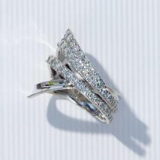 K18 1.0ctダイヤ デザインリング