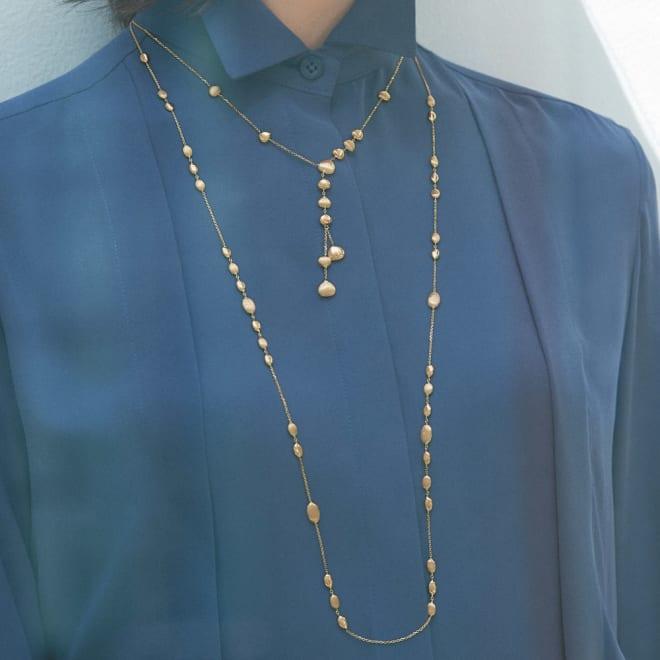 UNOAERRE/ウノアエレコラボ K18 ぺブルモチーフ ロングネックレス 着用例 ※重ねづけしているYタイプは別売りです。