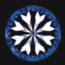 タイムレスプラチナ 0.3ctダイヤ ペンダント 「ハート&キューピッド」とは、カットの対称性(シンメトリー)がダイヤの輝きを左右する中で、シンメトリーの精度が高い証に、表面には矢が、裏面にはハートのモチーフが浮かぶ事から名付けられました。(裏面)