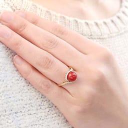 YUKIKO OKURA/ユキコ・オオクラ K18 血赤珊瑚 ダイヤ リング 着用例