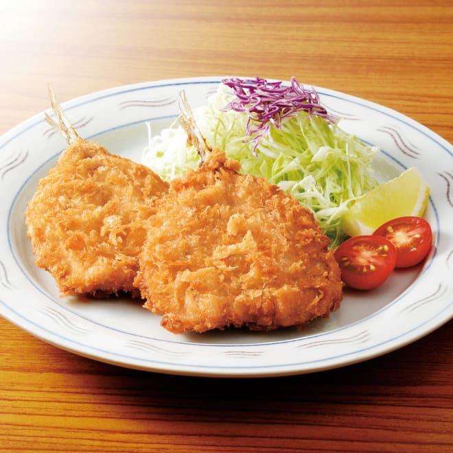 鳥取県 境港産 あじフライ (32枚) 【調理例】 面倒なアジフライを油で揚げるだけで簡単に食べられます。サクサクの食感とふっくらしたアジの味をお楽しみください。