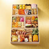 京料理「花萬」 三段与組重 約3~4人前 写真