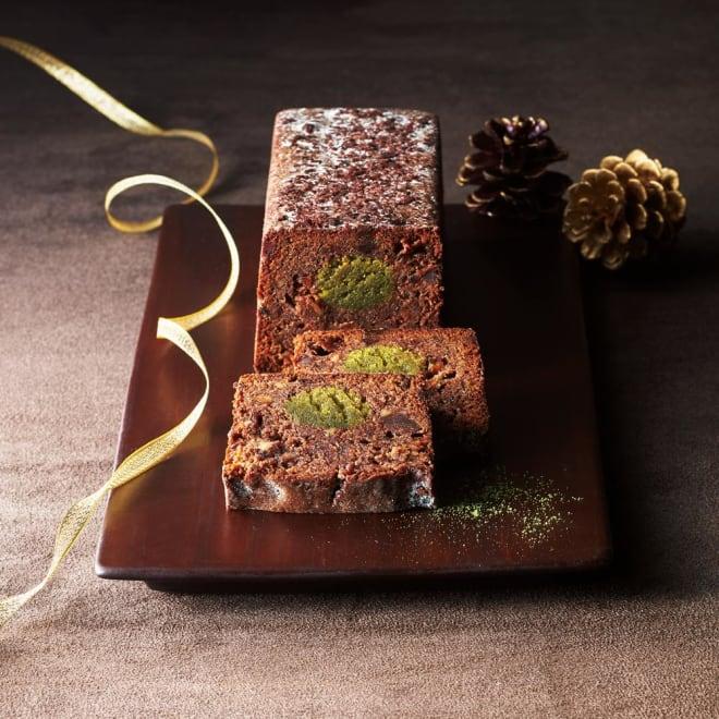 【ディノス限定】 「Patisserie moa(パティスリーモア)」 ショコラシュトーレン (1本 約300g) ひとつひとつ丁寧に生地から手作り。しっとりとした食感、粉糖少なめの甘すぎない大人の味わいです