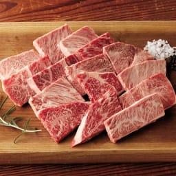 国産黒毛和牛 ステーキ切り落とし (500g) 【盛付例】贅沢なステーキの切落としです。塩、胡椒でステーキ。他色々なお料理にもご利用頂けます。