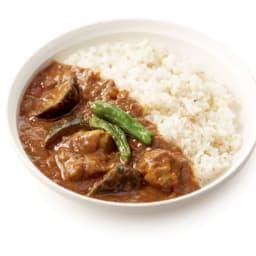 Soup Stock Tokyo(スープストックトーキョー) 夏の8種人気カレーセット 【盛り付け例】複雑な辛さが後を引く茄子と鶏肉のスパイシーカレー