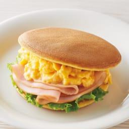 どら焼きの皮 (1袋6枚入り×10パック) 【調理例】卵やハムなどをサンドして、朝食の一品にも。