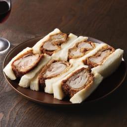 八王子「ROMAN」 煮かつサンドセット 【盛り付け例】 上からヒレ、ロース