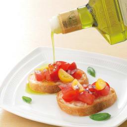 """エキストラバージンオリーブオイル フレスコバルディ ラウデミオ (500ml) """"まるで搾りたての初々しい果汁のよう""""と評され、世界中の有名シェフから愛されています。"""