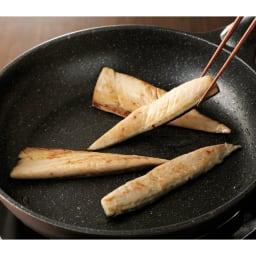 三陸産 金華さばスティック (250g×4袋) 【調理例】フライパンでさっと焼いて召し上がれます。