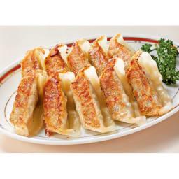 8種の名店お惣菜福袋 「神戸皇蘭」熟成餃子 国産豚肉、キャベツ、白菜を使用し、低温熟成させて旨みを引き出した餡を丁寧に包んだ餃子です。 盛り付け例