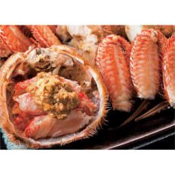 北海道産 蒸し活毛がに 大(約500g)×1ハイ 【通常お届け】 身とみそを味わった後は酒を注いで、甲羅酒で仕上げ。