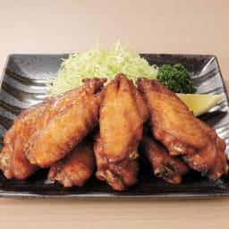 みつせ鶏 山賊焼き (200g×5パック) 盛り付け例。甘みとスパイシーさがほどよく調和して、おつまみにぴったり。