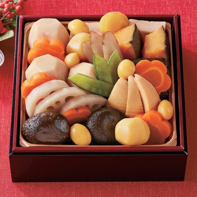 国産野菜のお煮しめ重【12月31日お届け】 お重のサイズ:縦15.0cm×横15.0cm×高さ5.0cm