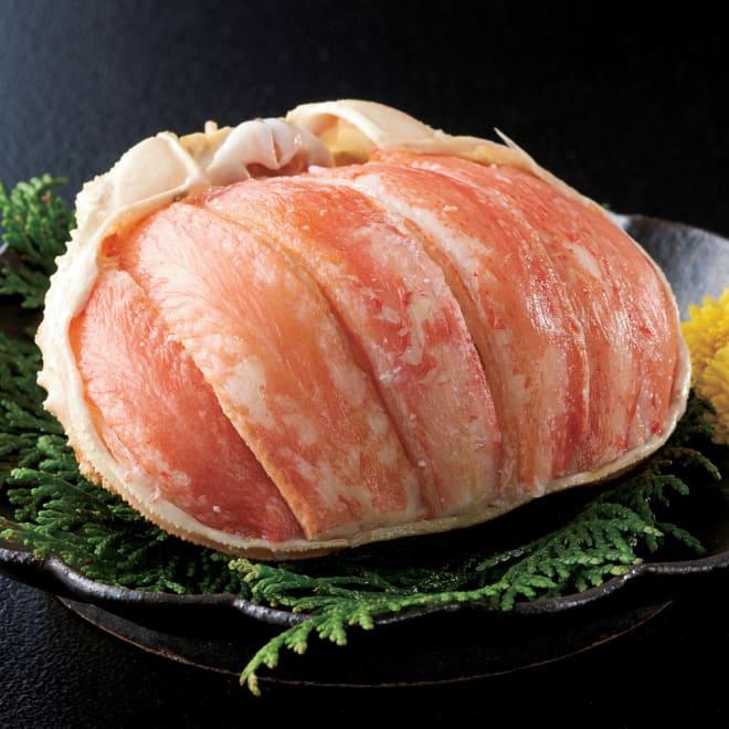 ずわいがに甲羅盛り(特盛)【通常お届け】 盛り付け例:ずわいがにを丸ごと甲羅盛りにしました。大満足の食べ応えができる贅沢な甲羅盛りです。