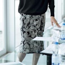 イタリア素材 モノトーン ペイズリー スカート