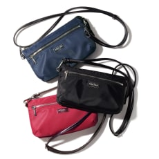 AGATHA PARIS/アガタ パリ お財布機能付き ショルダーバッグ