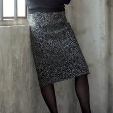 イタリア素材 ローズ刺繍 千鳥 スカート