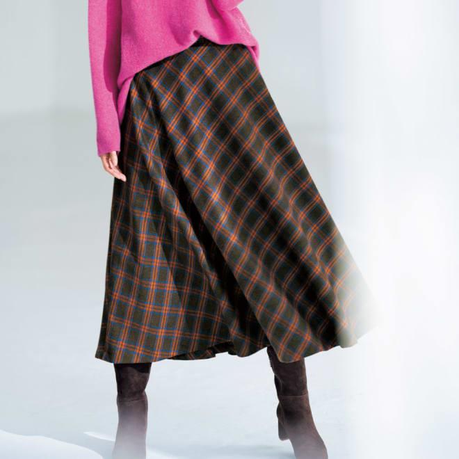 イタリア素材 チェック柄 ロング フレアースカート 着用例